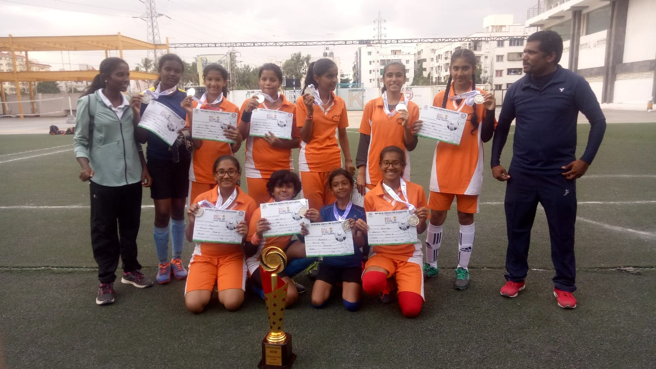 Lawrence Football team Under-14 Girls – BLITZ 2019 Runner Up Trophy